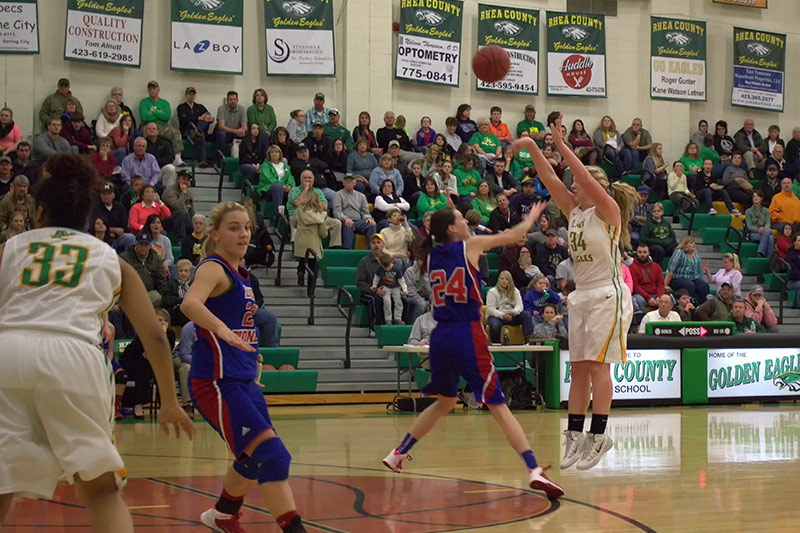 Amber Levi with one of her many threes against Warren County - 2014 (photo: Gary Bolden / Rhea Review)