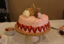 Starberry Tunnel Cake