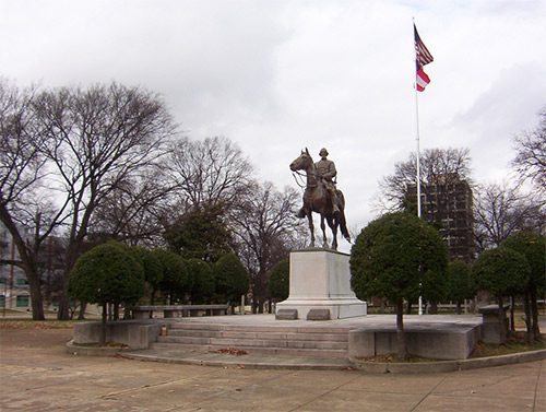 Nathan Bedford Forrest memorial and grave in Memphis, Tennessee (Photo by: Thomas R Machnitzki)