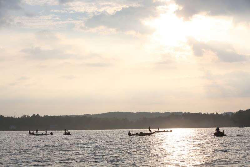 Bassmaster open slated for tennessee s chickamauga lake for Lake chickamauga fishing