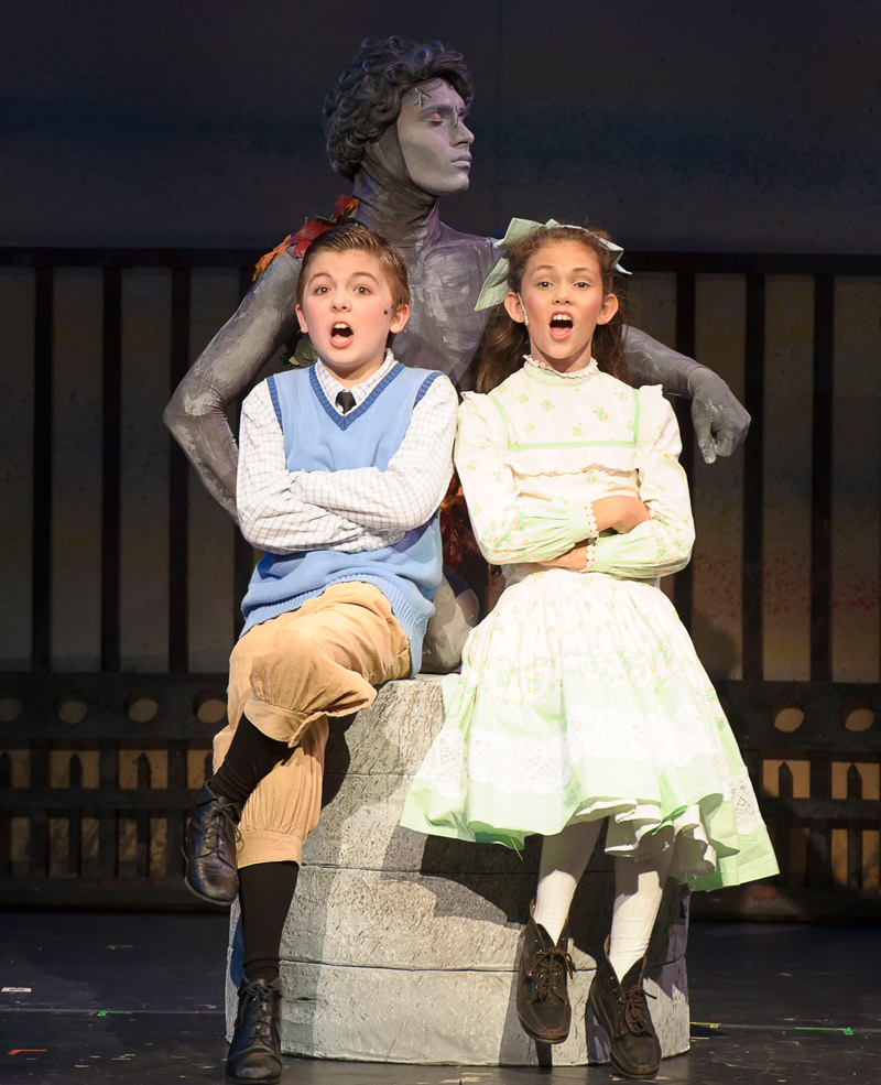 Sara Swafford and Eli Choate as Jane and Michael Banks, Chaz Sanders as Neleus the Statue. (photo: Walt A. Riches / CCP)