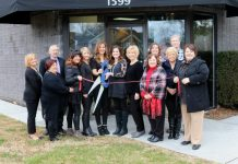 Market St. Hair Holds Ribbon Cutting Ceremony