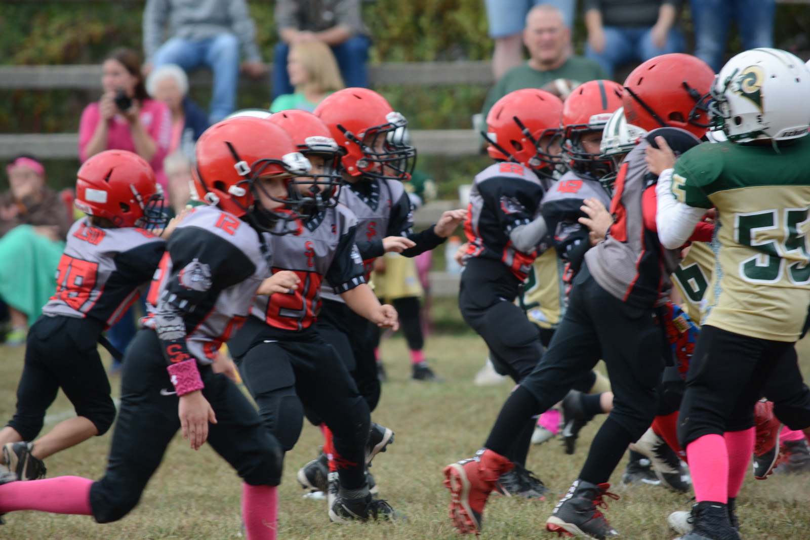 Spring city red dogs go 4 0 against rockwood for Mighty mite fishing rod