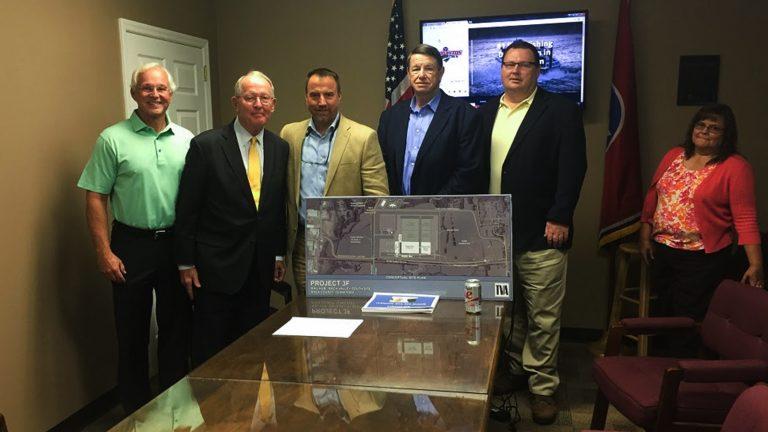 Senator Alexander visits Dayton, praises economic efforts