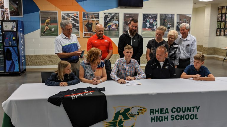 Carson Ruehling Signs Scholarship With Bryan