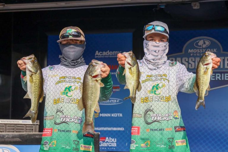 Tharpe and James win 2020 Bassmaster Junior National Championship